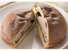ファミリーマート ファミマ・ベーカリー シュークリームみたいなパン チョコ&チョコホイップ