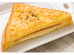 ファミリーマート フレンチトーストサンド(ハム&チーズ)