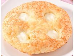 ファミリーマート ファミマ・ベーカリー チーズ塩パン