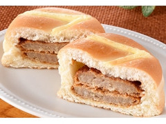 ファミリーマート ファミマ・ベーカリー ダブルメンチカツパン