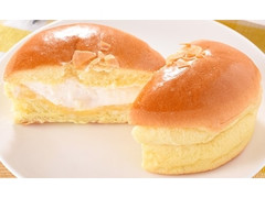 ファミリーマート ファミマ・ベーカリー ブリオッシュクリームパン