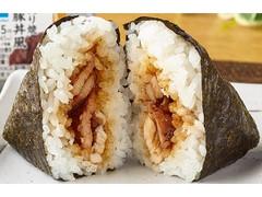 ファミリーマート ピリ辛味付海苔 炙り焼豚丼風