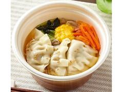 ファミリーマート 餃子と野菜の春雨スープ