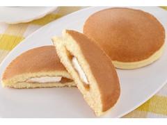 ファミリーマート ファミマ・ベーカリー チーズホイップとりんごのパンケーキ