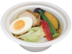 ファミリーマート 野菜とチキンのスープカレー押麦入