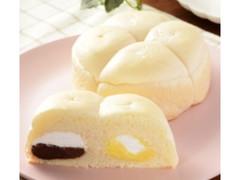 ローソン たっぷりホイップパン チョコ&カスタード 佐渡牛乳入りホイップ使用