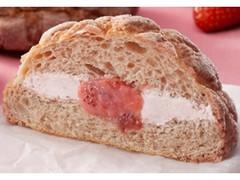 ローソン いちごづくしのメロンパン いちごホイップ&いちごクリーム