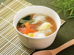 ローソン 1食分の野菜 もちもち餃子の中華スープ