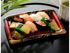 ローソン にぎり寿司 8貫