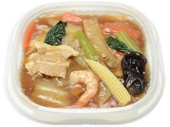 セブン-イレブン 1/2日分の野菜!9種具材の特製中華丼