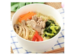 ナチュラルローソン 1日の1/2の野菜が摂れる豚肉のフォー炒め