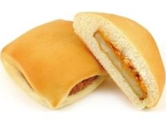 ニューデイズ Panest フライドチキンサンド スパイシーソース&チーズ
