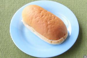 例によって外見はまんまコッペパン。