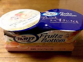 プルガリアヨーグルトLB 81 Fruit on the Bottom プレーンと白桃