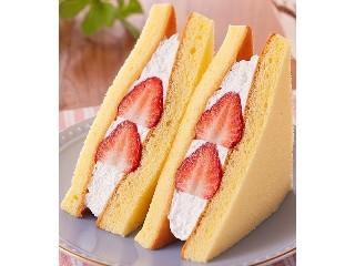 ファミリーマート いちごのケーキサンド