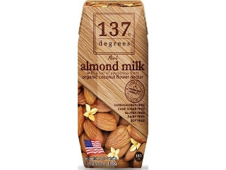 137ディグリーズ アーモンドミルク オリジナル