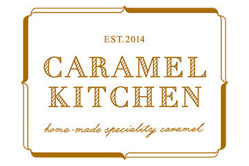 「CARAMEL KITCHEN」ロゴ