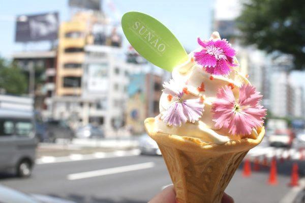 「SUNAO」が花束ソフトクリームに!期間限定「FLOWER SOFT STAND」が表参道にオープン