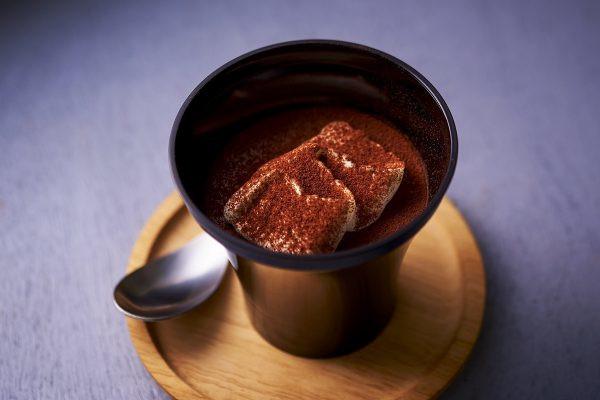 「スプーンで食べる とろ生食感ショコラ」