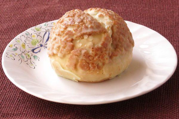 ごつごつした典型的なクッキーシュー皮。