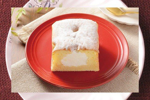 北海道産マスカルポーネ配合のクリームを、ふんわり口どけよい生クリーム配合生地に注入したワンハンドタイプのパウンドケーキ。