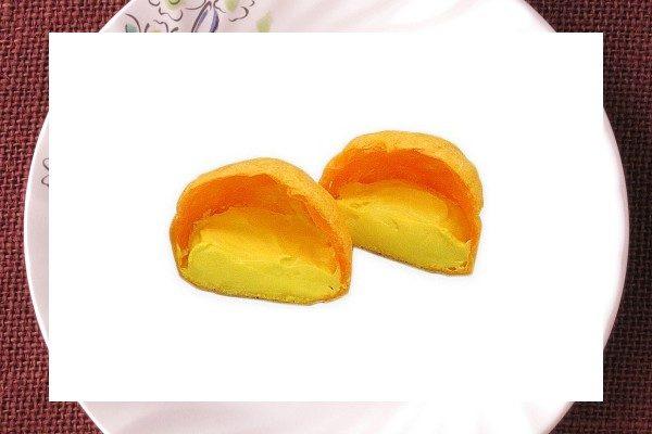 ハロウィンかぼちゃのオレンジ色をしたもこ皮。