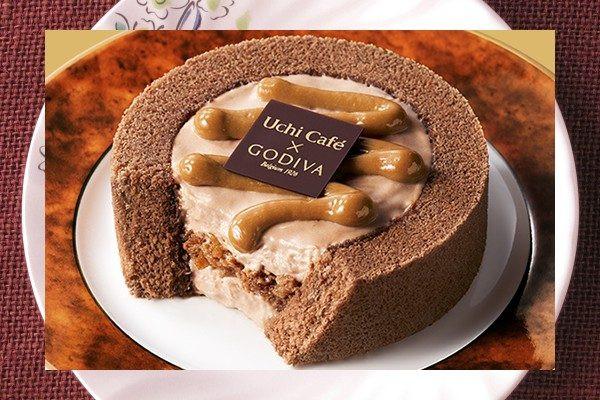 ミルクチョコクリームをチョコスポンジで囲み、キャラメルソースをトッピング。