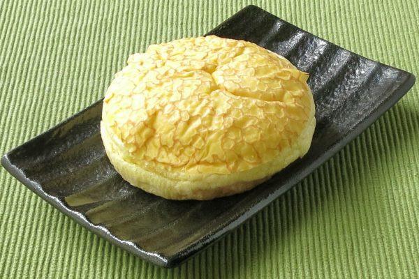 ふんわり丸い姿のパン。